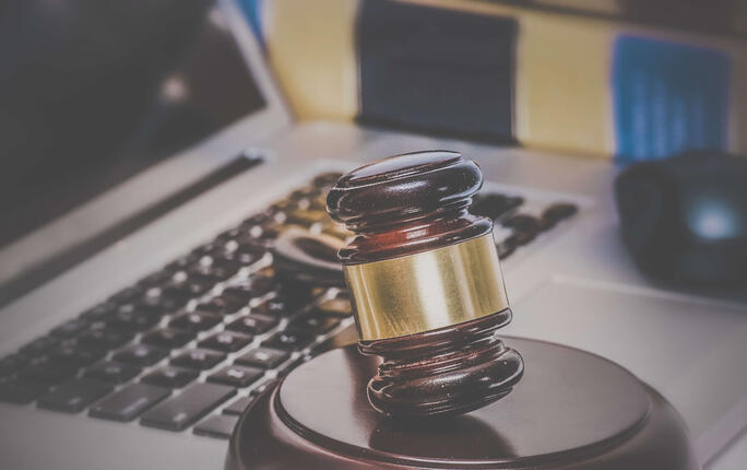 Law firms should use the cloud